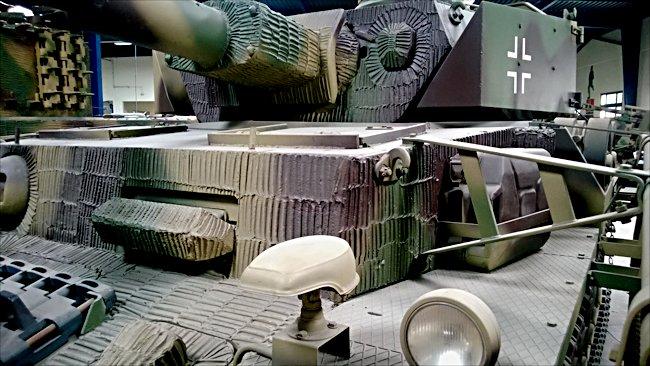 surviving german panzer iv ausf j tank panzerkampfwagen 4 sd restored ww2 german. Black Bedroom Furniture Sets. Home Design Ideas