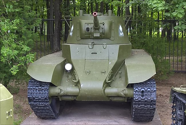 Restored Soviet WW2 BT-7 m1937 fast Tank