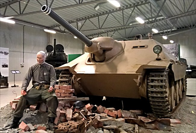 Where can I see more Hetzer 38(t) Tank Destroyers?