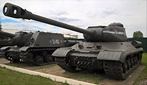 Restored IS-2 Russian Soviet WW2 Heavy Tank in Kubinka Tank Museum, Russia