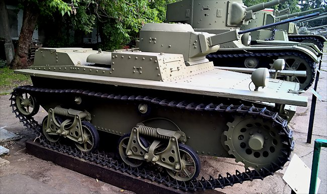 Restored Soviet WW2 T-38 20mm ShVAK  Amphibious Tank