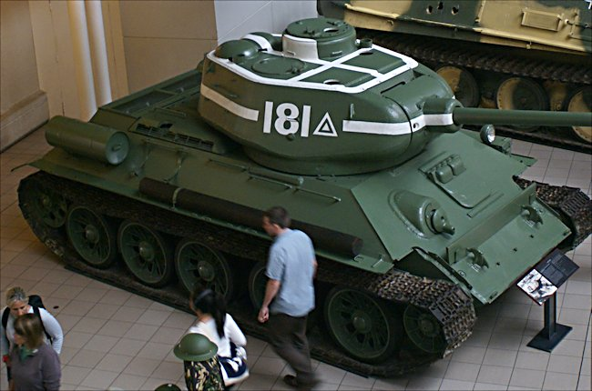 Surviving T34/85 Russian Soviet WW2 Medium Tank